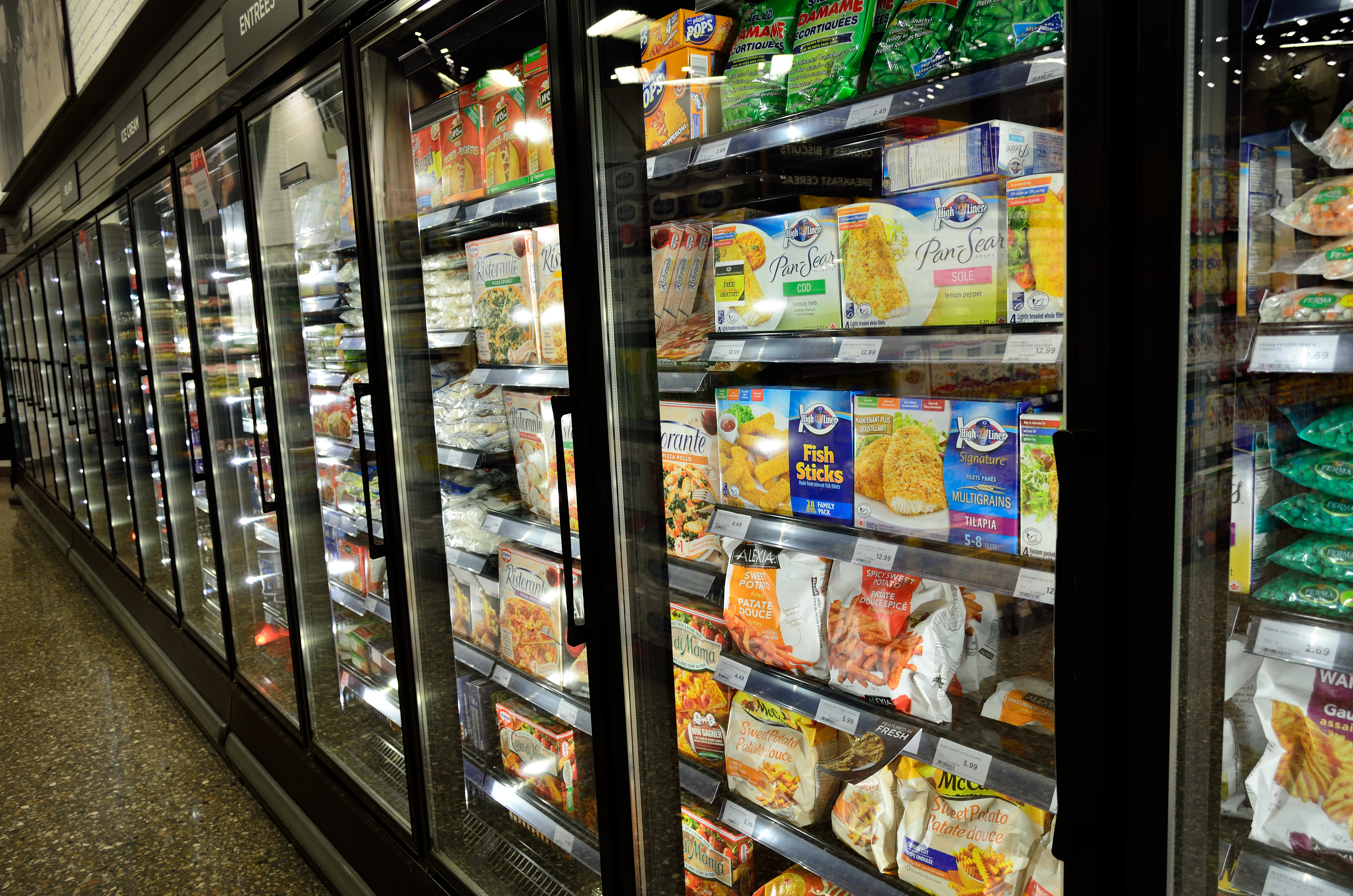 Skrot de gamle industrikøleskab og hjælp miljøet